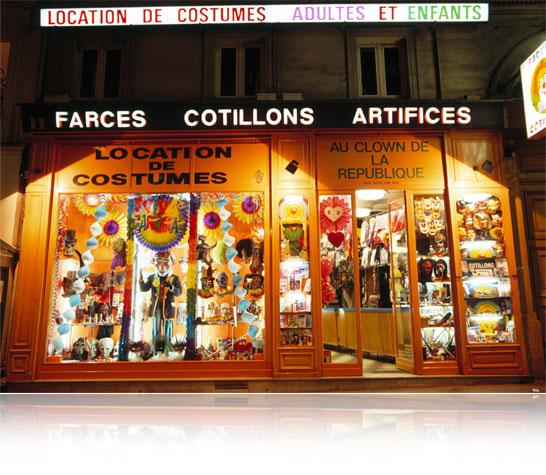 Boutique : Clown de la République 11 Boulevard Saint-Martin, 75003 Paris MÉTRO : RÉPUBLIQUE -Sortie Boulevard St-Martin Téléphone : 01 42 72 73 73