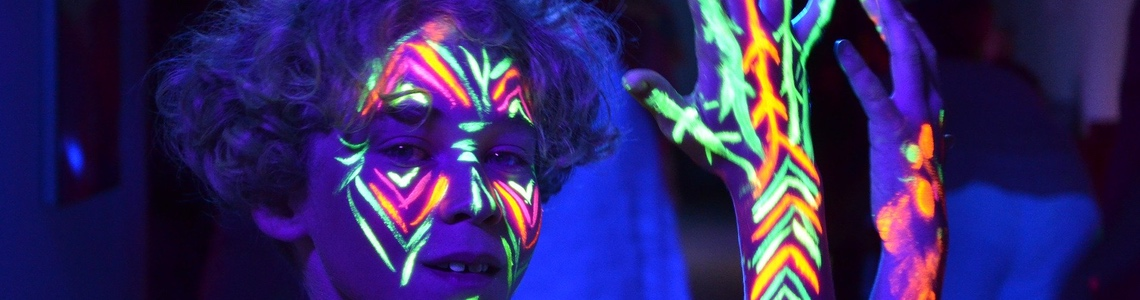maquillage-fluo